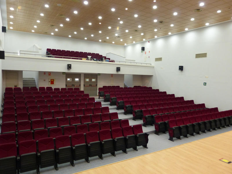Salón de actos del Colegio Valle del Miro