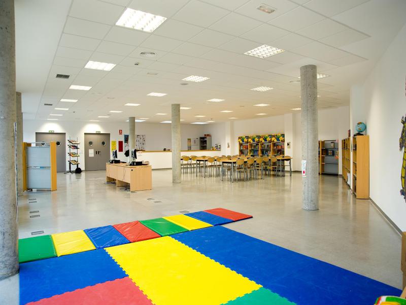 Biblioteca del Colegio Valle del Miro